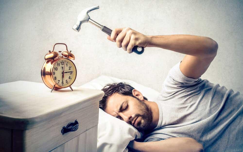 هایپرسومنیا چیست و چه ارتباطی با آپنه خواب دارد؟